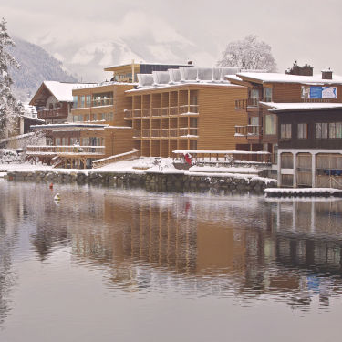 Skiing in Zell am See beautifully experiencing the nature