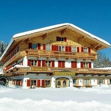 skiing-in-kitzbühel-hotel-bruggerhof