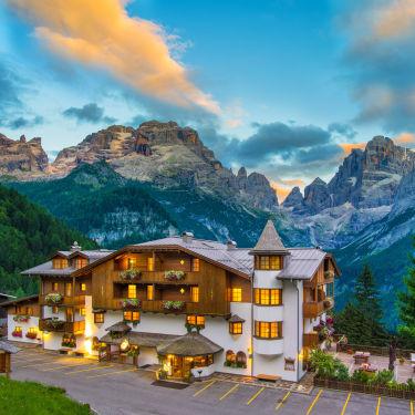 Skiing in Madonna di Campiglio - Best Hotels