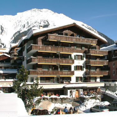 Skiing in Klosters is always great fun - best hotels - 1