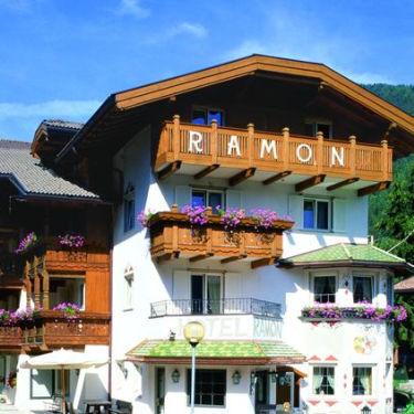 Hotel_Ramon_375x375_2