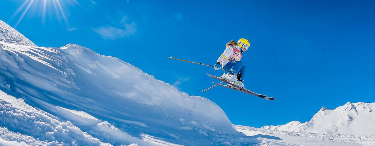 Skiing in val d 39 isere resort information best hotels - Office du tourisme val d isere ...